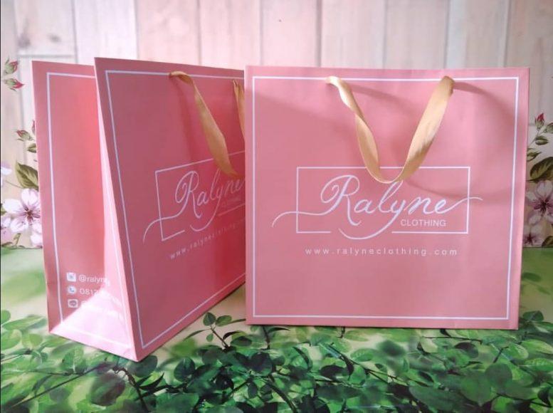 http://citycetaksablon.com/jual-paperbag-full-colour-bahan-ivory-210gsm-murah-di-payakumbuh/