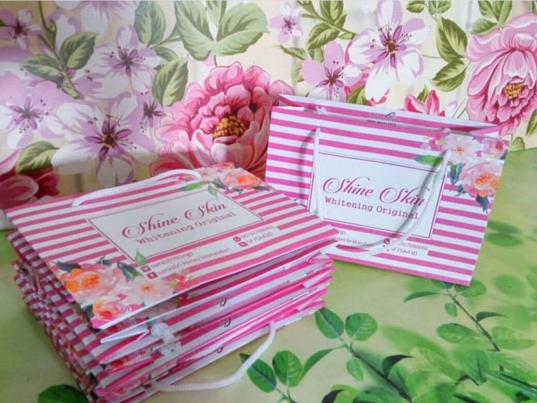http://citycetaksablon.com/jual-paperbag-full-colour-bahan-ivory-210gsm-murah-di-sukadana/
